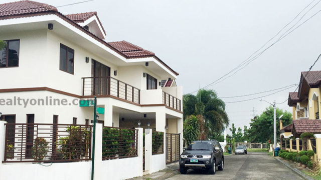 sta santa rosa laguna house and lot for sale nuvali paseo de sta rosa greenfield city eton city seda hotel solenad 1 solenad 2 subdivision Sta elena